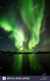 When To See The Northern Lights In Iceland 2015 Northern Lights Blazing Over Lake Thingvellir In Iceland In