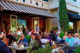 outdoor patio seating dining