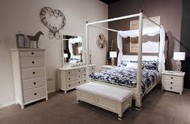 Poster Bedroom Furniture Hudson Mahogany White Four Poster Bed