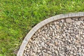 23 amazing garden edging ideas