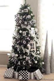 Red And Silver Christmas Tree Decorating Ideas  Ne WallRed Silver And White Christmas Tree