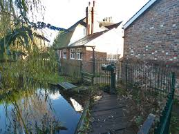 Sluices Above Ford Mill Robin Webster Cc By Sa 2 0