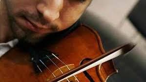 Cuando su madre fue a sacarlo lo único que joe le dijo fue: La Musica Triste Nos Gusta Por Una Cuestion De Hormonas