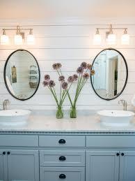 Modern Farmhouse Bathroom Vanity Lighting 5 Things Every Fixer Upper Inspired Farmhouse Bathroom