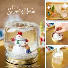 check out just how easy it is to make these diy snow globes and then scroll down to grab your free printable to make them at home