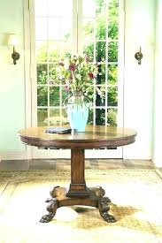 small round foyer table
