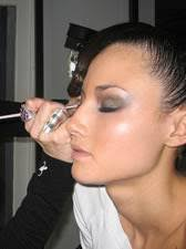 photo of make up artist training cles in chicago il