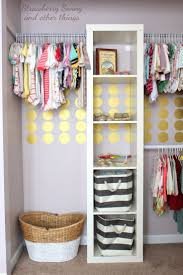 closet organization for small rooms