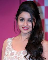 Alia Bhatt Hairstyle 18 times when alia bhatt gave us some serious hairstyle goals 4658 by stevesalt.us