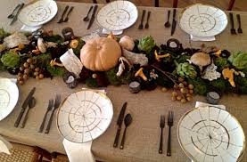 8 thanksgiving table decorating ideas for a modern festive gathering
