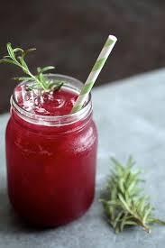 a tasty blackberry whiskey lemonade