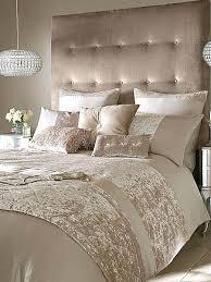 champagne bedroom