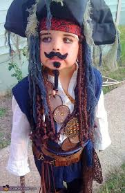 lots of inspiration diy makeup tutorials and all accessories you need to create your own diy jack sparrow pirate costume for