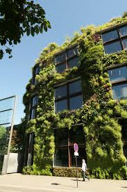verde vertical garden lovely quai branly museum