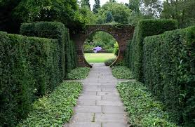 this is an excellent tour for visitors to london who would like to visit gardens in kent and sus the countryside is varied well wooded and very