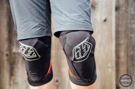 Troy Lee Designs Pads Troy Lee Designs Raid Knee Guard Review