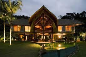 Leaf House: Tropical Getaway