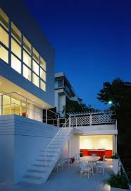 Home Designs: Sea Facing Homes - House On The Hills
