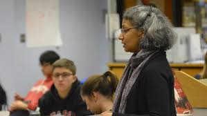 juniors experience the extended essay workshop the lasso mrs sensharma from ib psychology spoke about the psychology extended essay options among sensharma and tooze guest teachers such as mrs chincheck