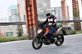 2017 125cc bike of the year ktm 125 duke mcn