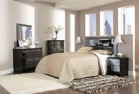 Silver Mirrored Bedroom Furniture Brilliant Trendy Design Ideas Of Mirrored Bedroom Furniture
