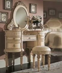 antique white bedroom furniture. i love this! a vanity is high on my want list antique white bedroom furniture r
