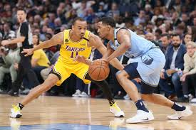 Lakers find a role for Avery Bradley ...