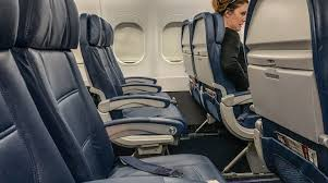 5 Things You Need To Know About Delta Air Lines 717 200