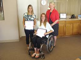 Helping others through experience: 3 women receive memorial ...
