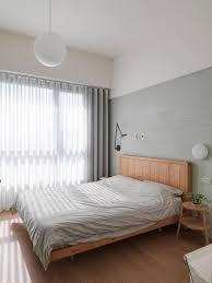 Home Designs: Minimalist Bedroom Closet Doors - Two Bedroom