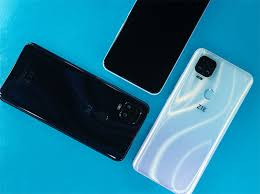 <b>Смартфон ZTE Blade</b> V2020 с квадрокамерой и чипом Helio P70 ...