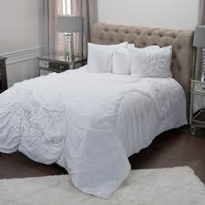 Rizzy Home White Solid Flower Pattern 3-Piece Queen Bed Set ...
