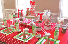 Party Table Decor Table Decorating Ideas For Christmas Dinner Dining Christmas