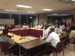 u s education secretary hosts austin roundtable for male students of color