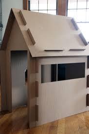 Coolest Cardboard Houses Ever   PLAYTIVITIEScardboard house pro