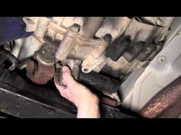 yukon transfer case 2 youtube 2001 Chevy Hood Latch at 2001 Chevy Np246 Transfer Case Wiring Harness