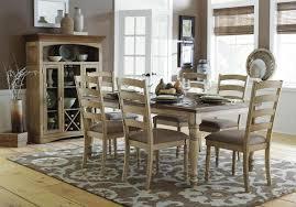 Country Dining Rooms - Country dining rooms
