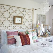 up to date interiors a home decor blog featuring rental friendly
