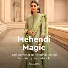 Designer Women's Clothing - Shop for Women's Fashion Clothing Online |  Nykaa Fashion