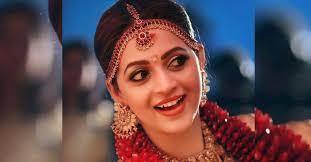 makeup artist renju renjimar decodes bhavana s wedding look bhavana actress wediing makeup bhavana wedding makeyup look bhavana naveen wedding