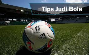 Hasil gambar untuk tips judi bola online