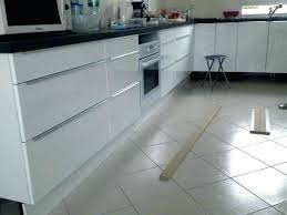 Entzückend Clips Plinthe Cuisine Ikea .