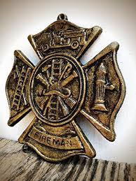 antique gold and bronze firefighter maltese cross metal wall art hanging rustic fireman symbol cast on maltese cross firefighter metal wall art with amazon antique gold and bronze firefighter maltese cross metal