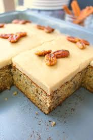 Banana Pecan Sheet Cake DelightfulEMade vert3 600x900