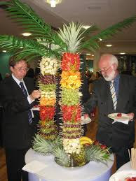 Edible Palm Tree  This Is A Fantastic And Eye Catching Fresh Fruit Tree Display