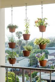 apartment patio garden. 7 Gardening Tricks For Smaller Spaces Apartment Patio Garden I
