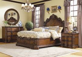 White traditional bedroom furniture Antique Addison 6piece Bed Set ...
