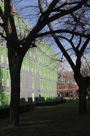 Haus Mit Grüne Fenster Digitalphoto
