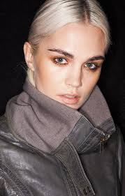 18 gorgeous nyfw makeup looks to try out now fashion week catwalk makeup beauty makeup makeup looks