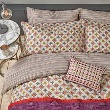 Patterned Bedding Unique Decorating Ideas